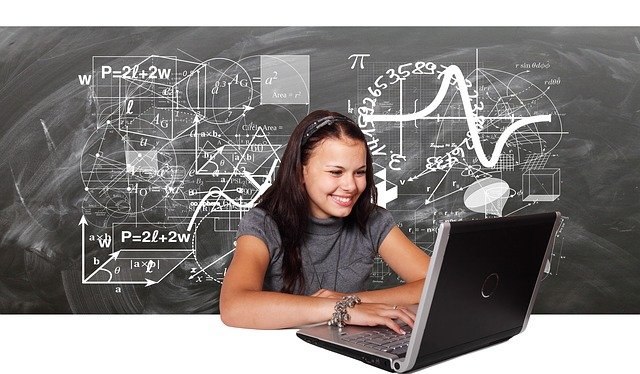 Best Laptops for Computer Science Students [2021 Reviewed]