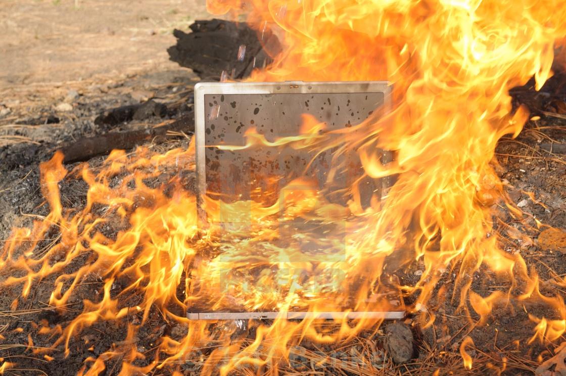 how hot should a laptop get