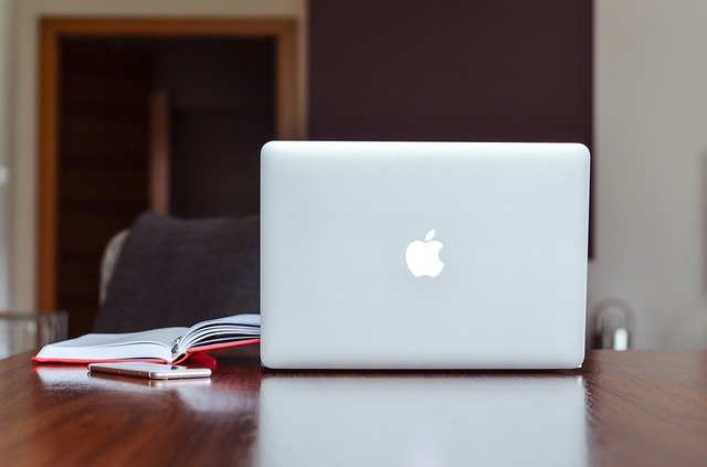 How Long Does a MacBook Last?